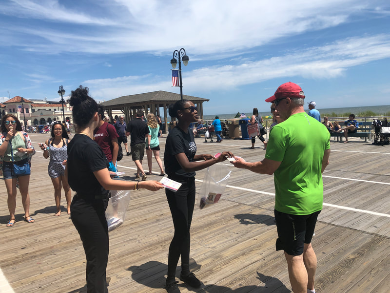 Tapuz Promotional Team at the Jersey Shore Boardwalk