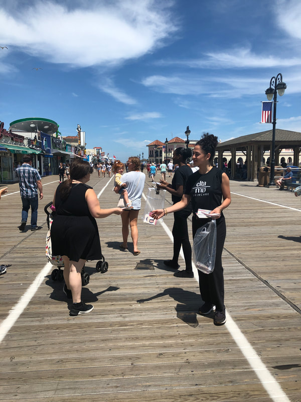 tapuz promotional staff at nj shore boardwalk
